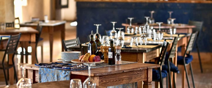 Check out this hip and stylish restaurant!
