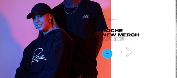 Roche Musique's slider, displaying an image of a couple of people in large tshirts